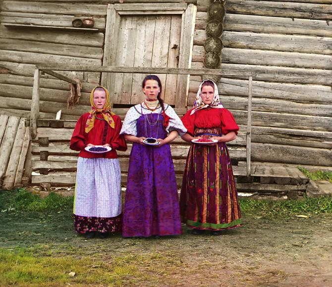 Litmyndir frá löngu horfnu Rússlandi