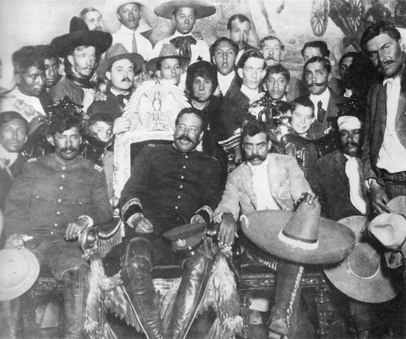 Pancho Villa og Emiliano Zapata í forsetahöllinni í Mexíkóborg.
