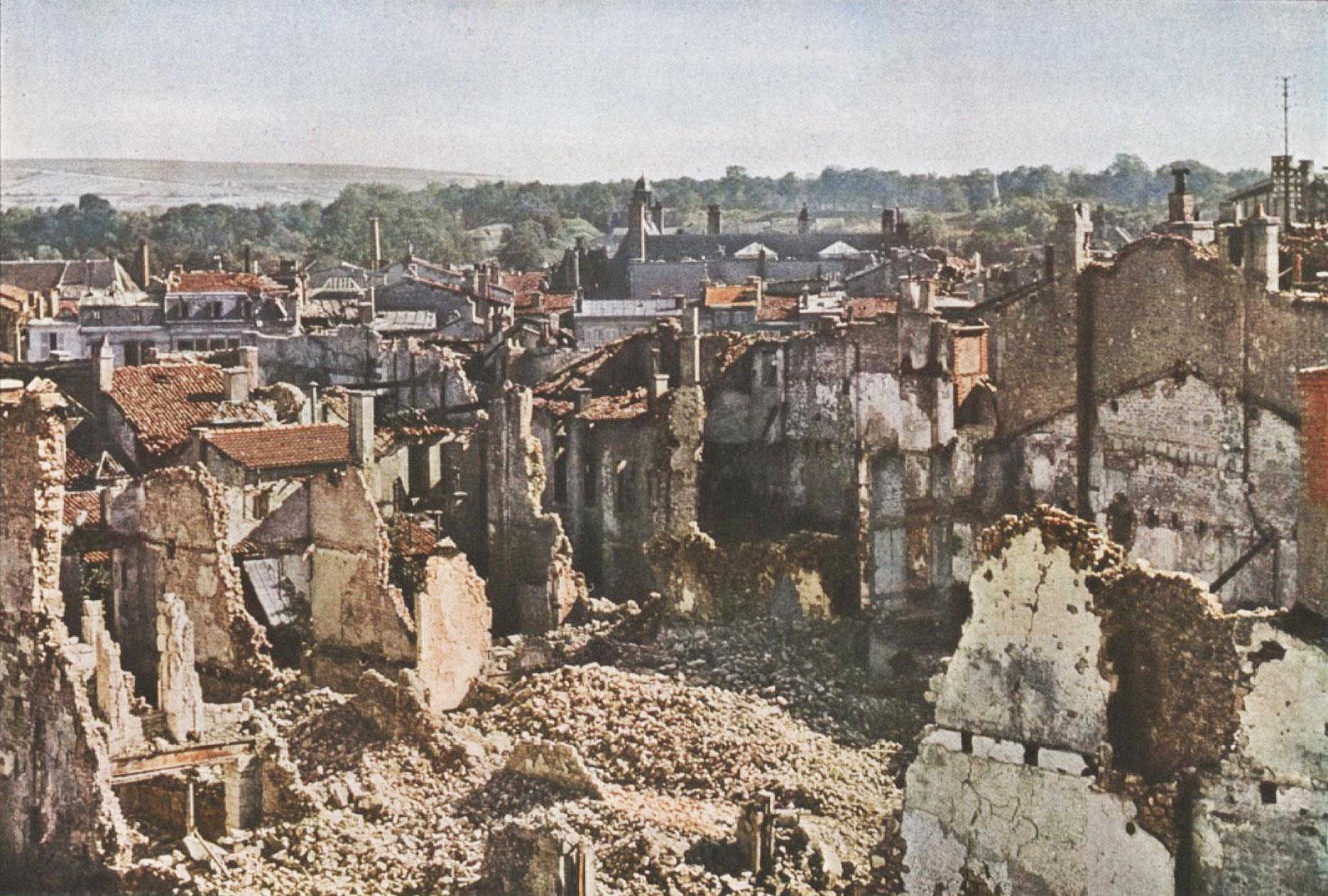 Gervais-Courtellemont: Yfirsýn yfir borgina.