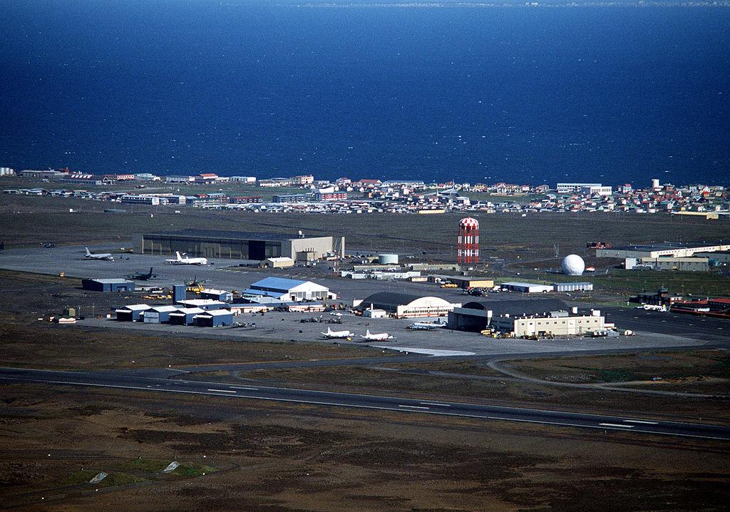 1024px-NAS_Keflavik_aerial_view_1982