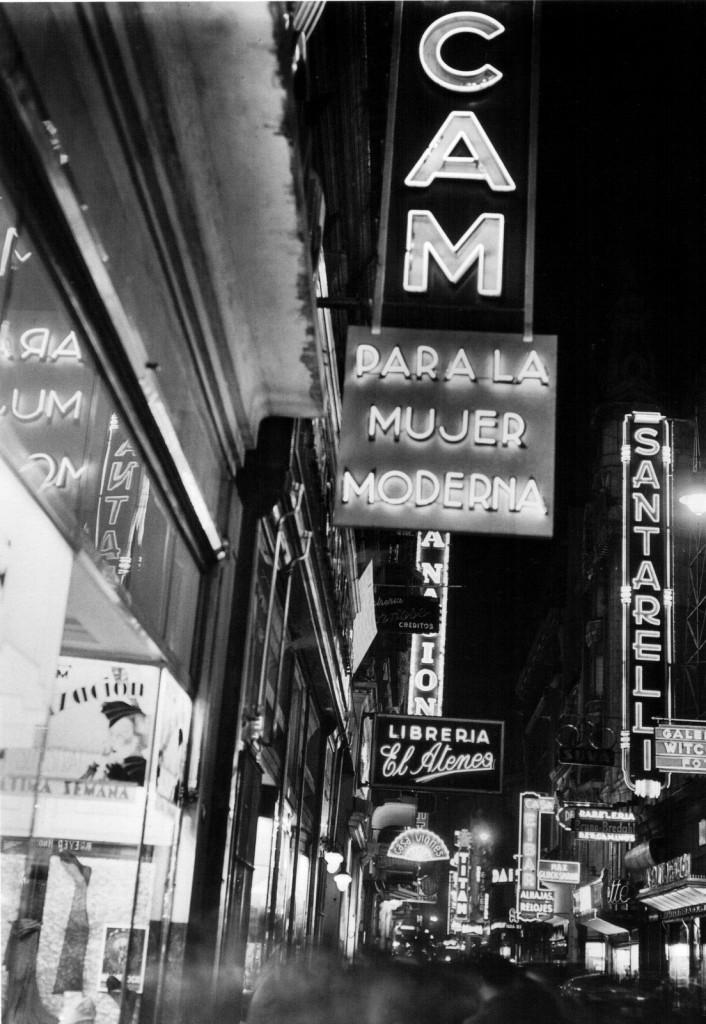 Horacio_Coppola_-_Buenos_Aires_1936_-_Florida_1