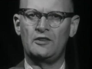 Sjáandinn Arthur C Clarke spáir um framtíðina árið 2000