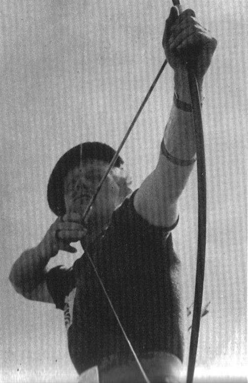 Churchill á heimsmeistaramótinu í bogfimi 1938.