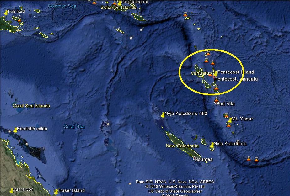 Pentecost eyja tilheyrir Vanuatu-eyjaklasanum sem er um 1.750 km norðaustur af Ástralíu.