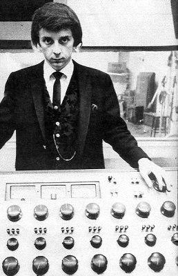 Phil Spector var, og er, kolruglaður náungi.