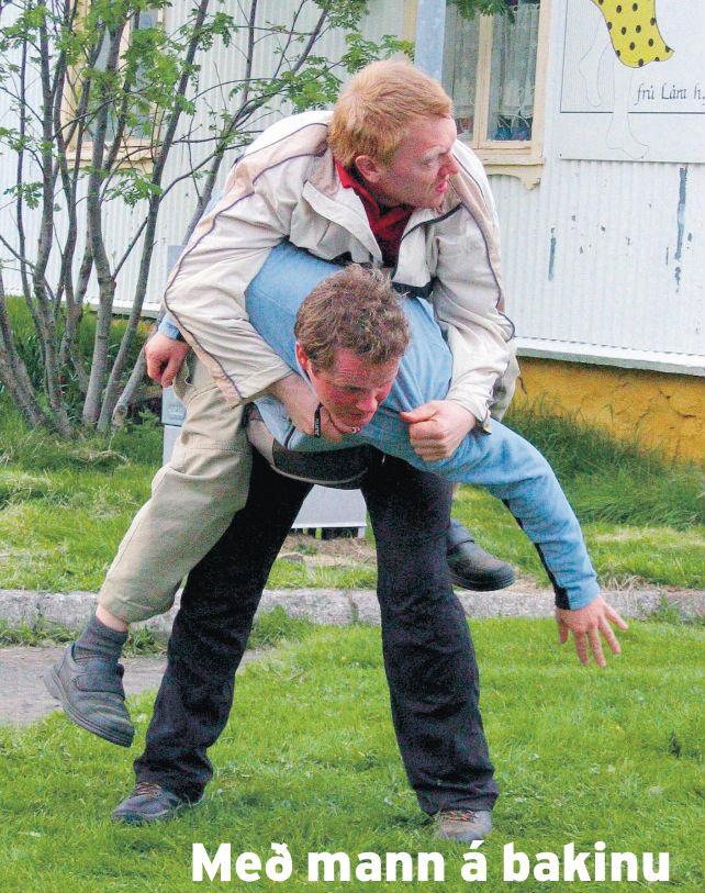 Morgunblaðið, júní 2004.