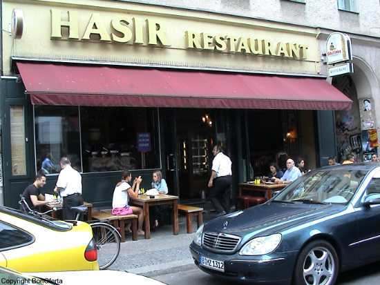 Hasir Restaurant við Kottbusser Tor í Kreuzberg í Berlín. Þar er enn hægt að fá döner kebap.