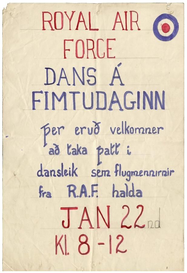 """Boðsmiði á ball: """"Þer eruð velkomner að taka þatt i dansleik R.A.F."""""""