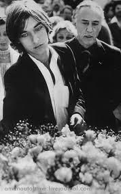 Jarðaför Jean Seberg. Romain Gary og Diego, sonur þeirra.