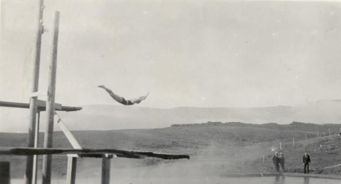 Útilaugin á Álafossi, 1936