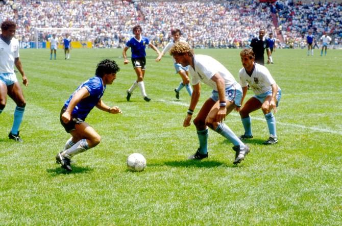 """Lífið er tombóla"": Manu Chao syngur um Diego Maradona"