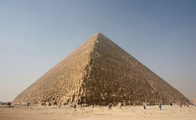 800px-kheops-pyramid