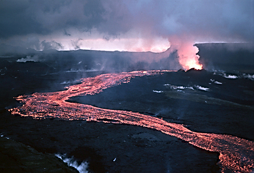 Lava_flow_at_Krafla,_1984
