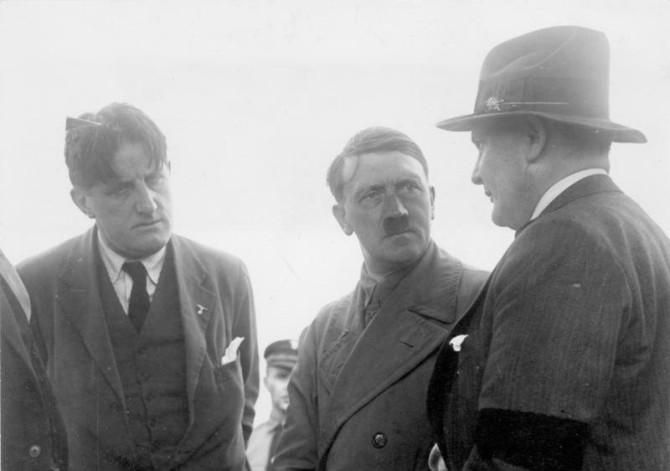 Hanfstängl, Hitler og Göring árið 1932.