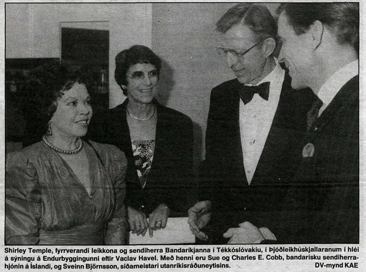 Shirley á Íslandi 1990.