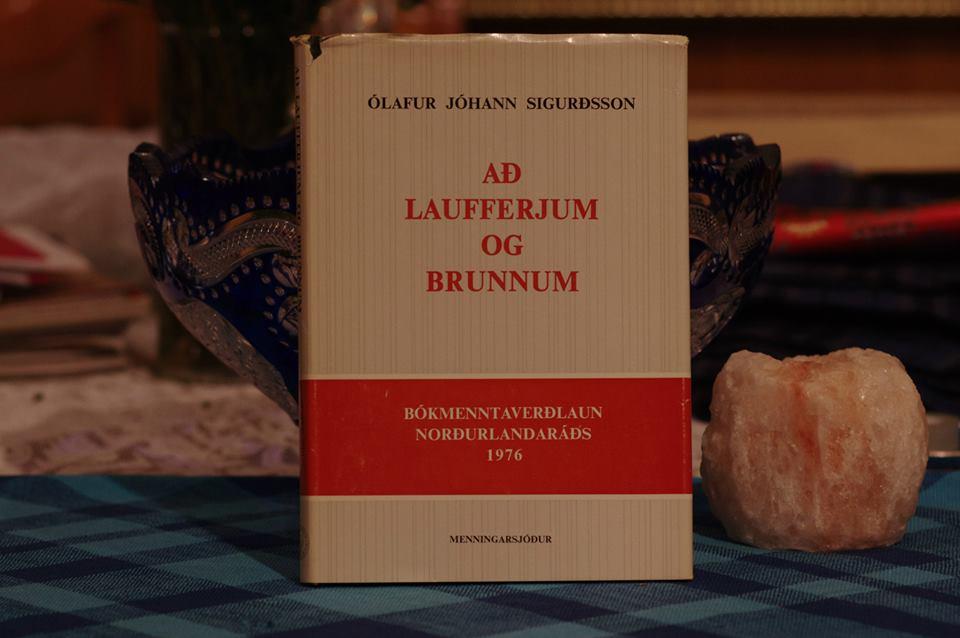 Ólafur Jóhann Sigurðsson: Að La