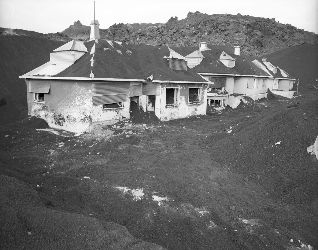 Aska og eyðilegging: Heimaey, júlí 1974