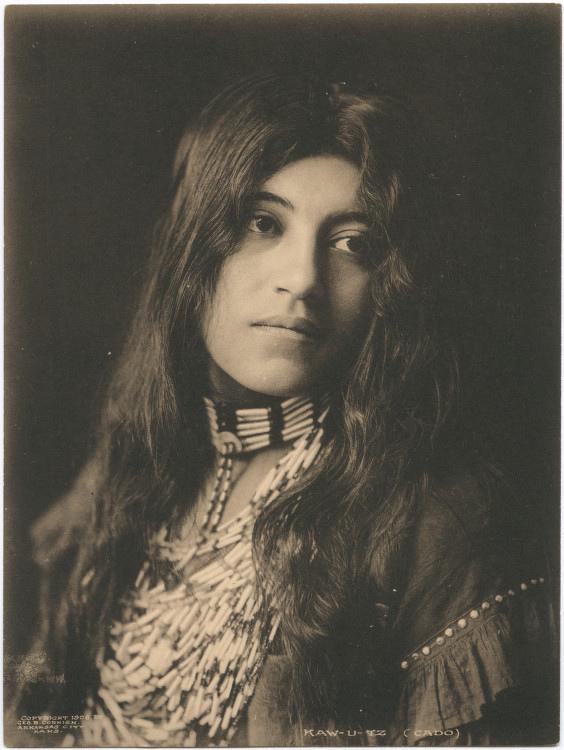 Indíánastúlka í Texas árið 1906