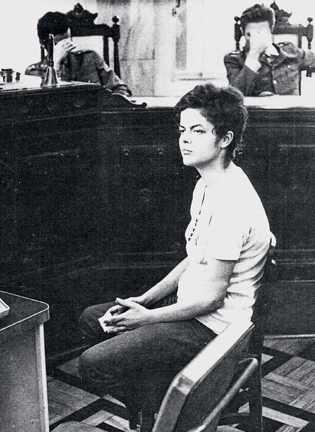 Dilma 22 ára.