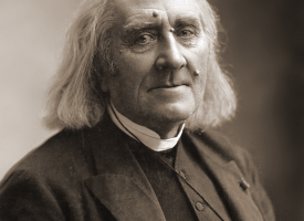 761px-Franz_Liszt_by_Nadar,_March_1886