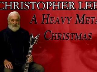 Jólametall með níræðum Christopher Lee