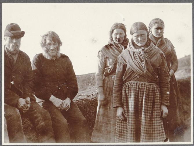 Fólkið á Holti á Síðu, um 1900
