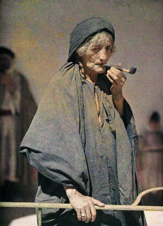Gömul kona í Palestínu, 1918