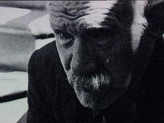 Húsvörður skrifaði fimmtán  þúsund blaðsíðna skáldsögu