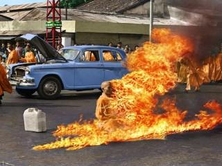 Víetnamski munkurinn sem brann í mótmælaskyni