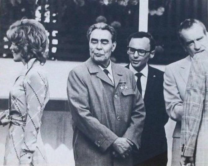 Bresnjeff líst vel á kærustu Kissingers