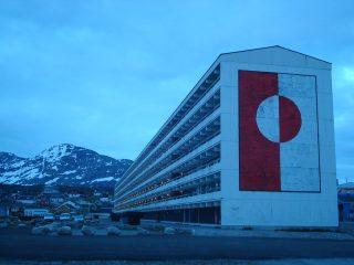 """Stærsta blokk Grænlands var táknræn fyrir mistök við """"nútímavæðingu"""""""