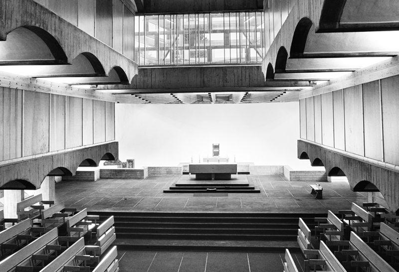 Aðal altari Prestaskóla Péturs Postula í Cardross.