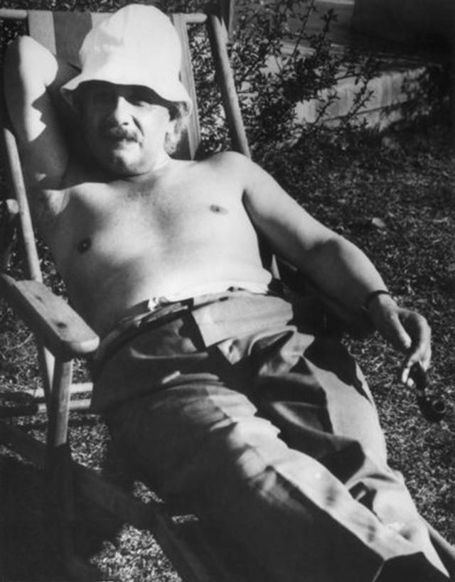 Einstein í bongóblíðu, 1932