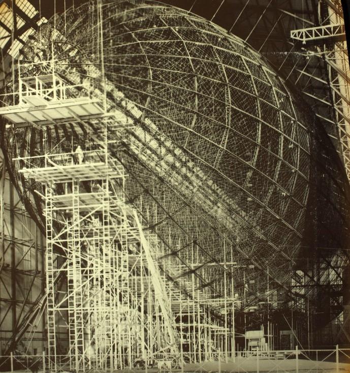 Loftskipið Hindenburg í smíðum
