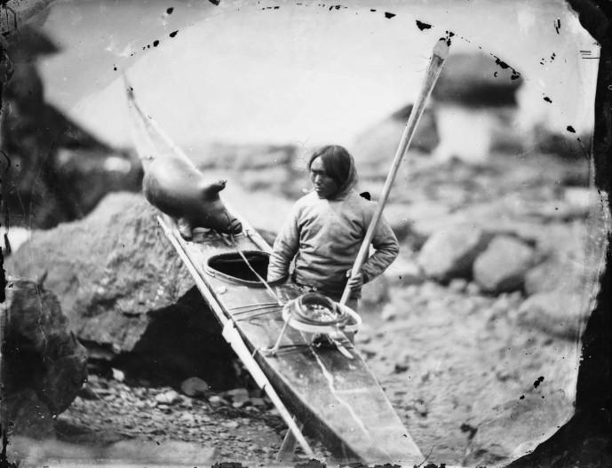 Inúítí með kajak, 1854