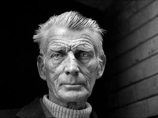 Furðuveran Beckett talar